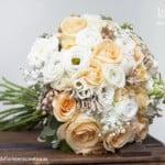 Ramo de novia blanco y peach