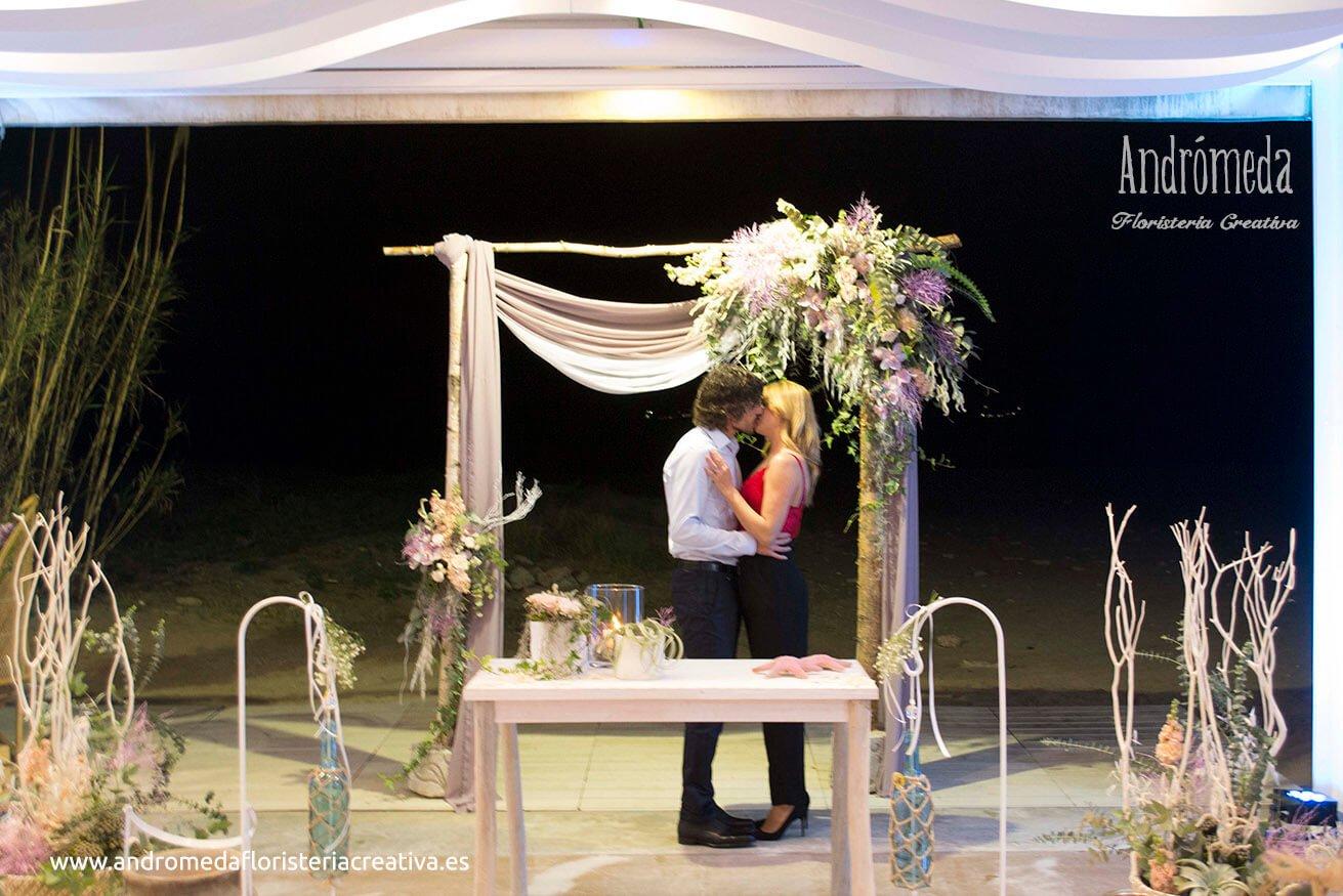 Nuevo diseño de decoración de boda. Pérgola romántica en Arrocería L'Estibador