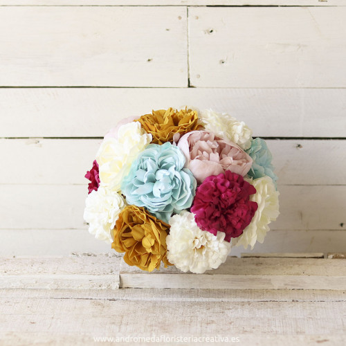 bouquet con toques de color